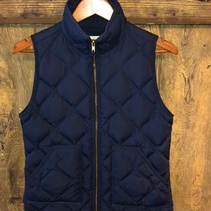 J. Crew puffer vest size XS , navy blue. EUC